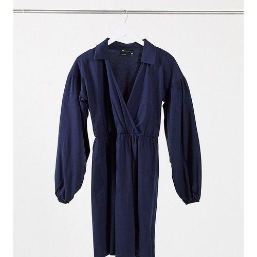 ASOS DESIGN Tall - Robe chemise courte cache-cœur - Bleu marine - ASOS Tall - Modalova