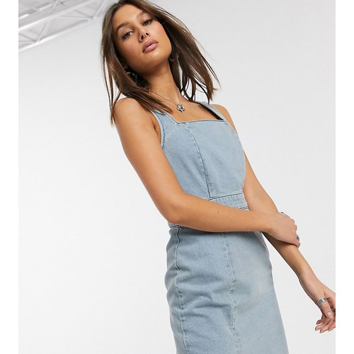 ASOS DESIGN Tall - Robe courte froncée en jean - clair délavé - ASOS Tall - Modalova