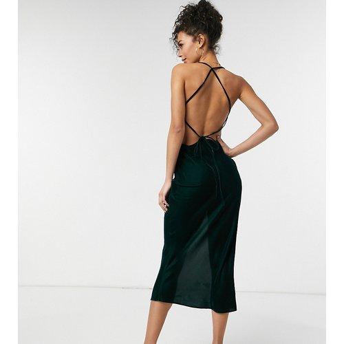 ASOS DESIGN Tall - Robe nuisette en velours à bretelles - ASOS Tall - Modalova