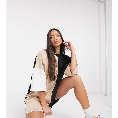 ASOS DESIGN Tall - Robe t-shirt oversize color block - ASOS Tall - Modalova