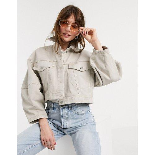 Veste courte en jean à manches oversize - Taupe - ASOS DESIGN - Modalova