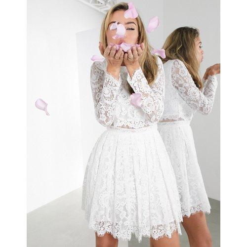 Gigi - Robe courte de mariage avec crop top en dentelle - ASOS EDITION - Modalova