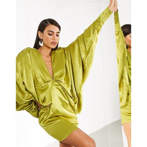 Robe courte à manches kimono oversize - ASOS EDITION - Modalova