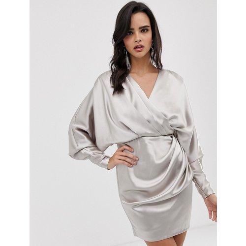 Robe courte croisée drapée en satin - ASOS EDITION - Modalova