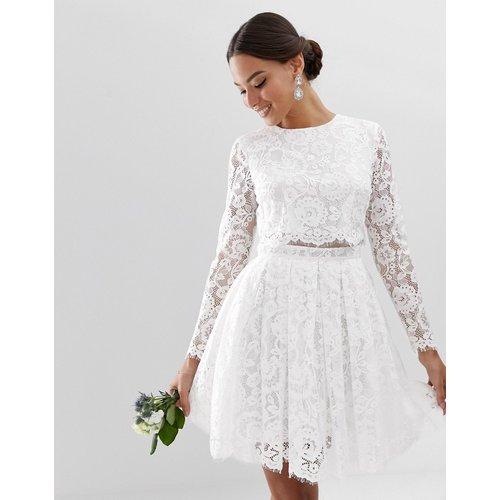 Robe courte de mariage avec crop top en dentelle - ASOS EDITION - Modalova