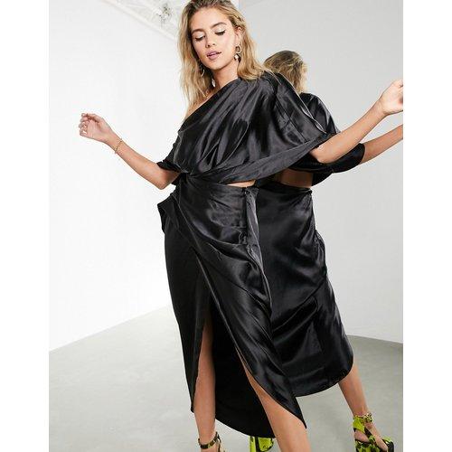 Robe longue drapée asymétrique en satin - ASOS EDITION - Modalova