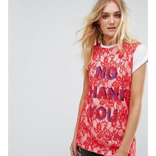 T-shirt imprimé avec superposition en dentelle - ASOS Tall - Modalova