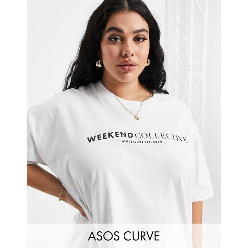ASOS - Weekend Collective Curve - T-shirt coupe carrée avec logo - ASOS Weekend Collective - Modalova