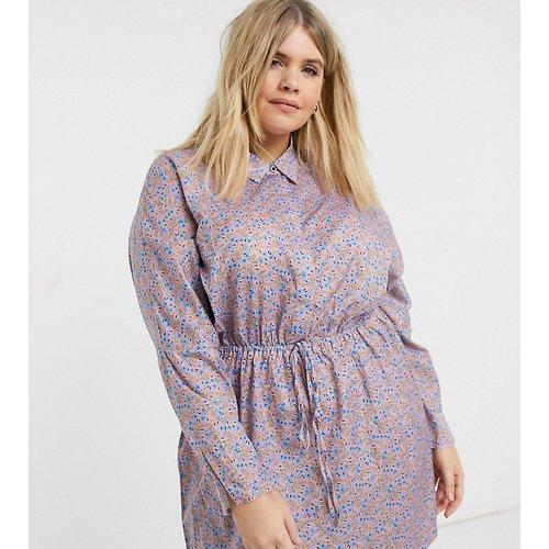 Robe chemise à imprimé petites fleurs avec taille froncée - AX Paris Plus - Modalova