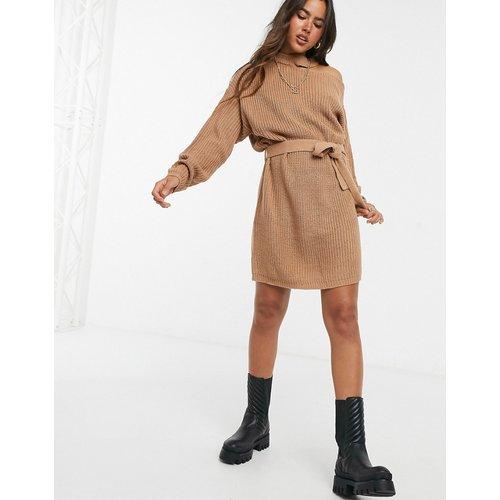 Robe pull asymétrique à découpe - Camel - AX Paris - Modalova