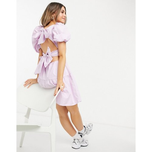 Robe courte texturée nouée dans le dos à manches bouffantes - Lilas - bardot - Modalova