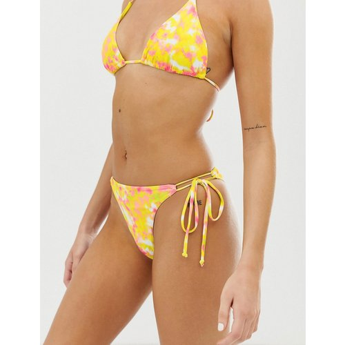 Bas de bikini triangle effet Tie-Dye - Bershka - Modalova