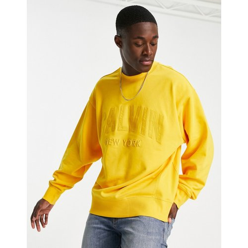 Hikos - Sweat-shirt ras de cou classique - Calvin Klein Jeans - Modalova