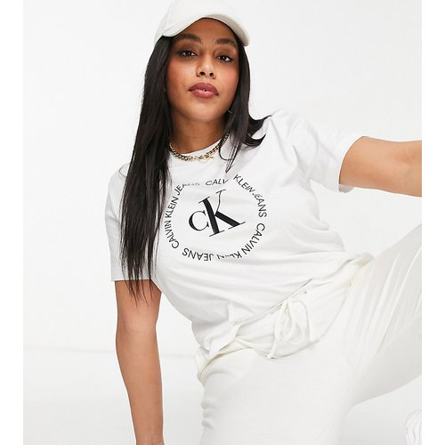 T-shirt à logo CK rond - Calvin Klein Jeans Plus - Modalova