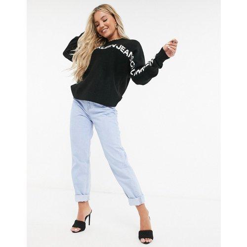 Pull ras de cou en maille avec logo sur le devant - Calvin Klein Jeans - Modalova