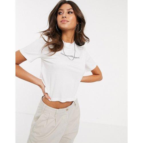 T-shirt crop top effet rétréci avec logo classique - Calvin Klein Jeans - Modalova