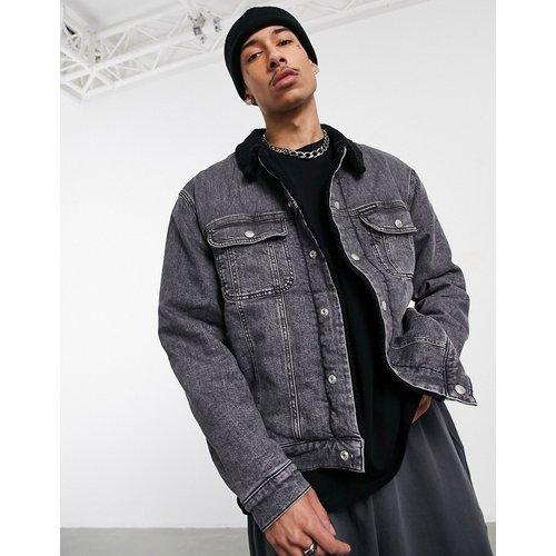 Veste en jean à col en sherpa - délavé - Calvin Klein Jeans - Modalova