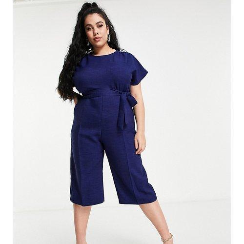 Combinaison ample et courte à mancherons avec ceinture à nouer - Bleu - Closet London Plus - Modalova