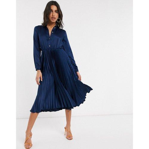 Robe chemise mi-longue plissée - Bleu marine - closet london - Modalova