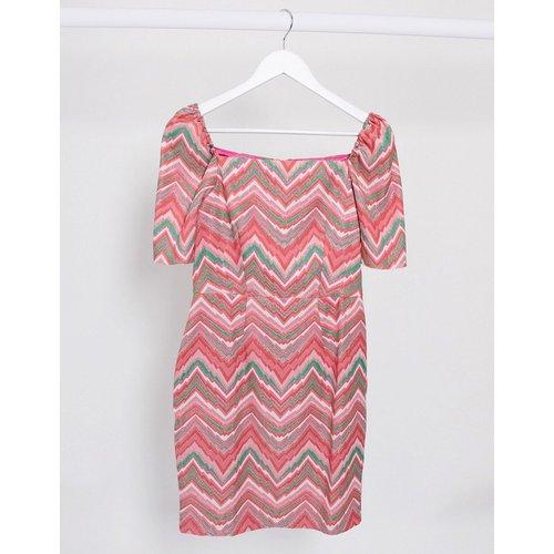 Robe courte texturée à encolure carrée et motif zigzag - closet london - Modalova
