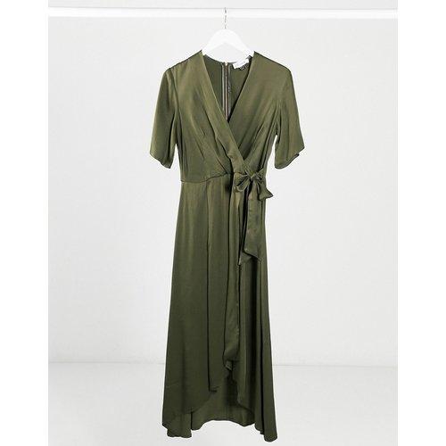 Closet- Robe cache-cœurplissée en satin - Kaki - closet london - Modalova