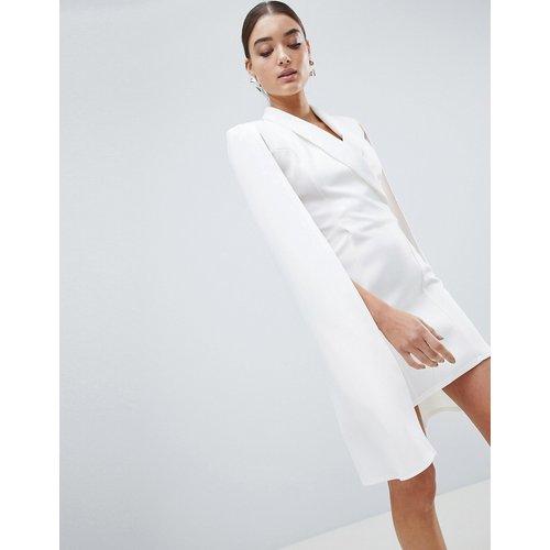 Club L Cape - Robe blazer style cape - Club L London - Modalova