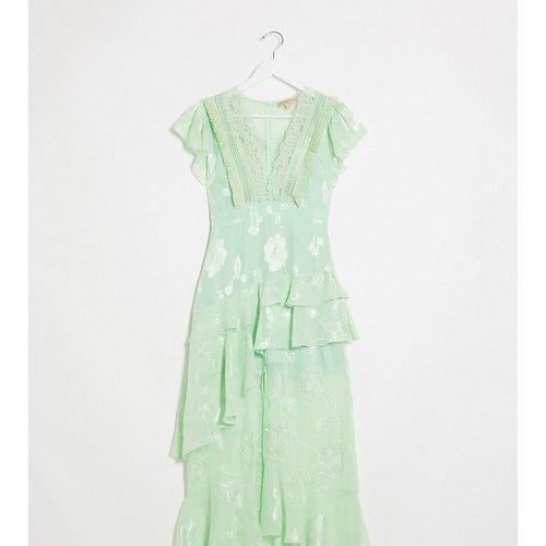 Robe longue à manches courtes et décolleté plongeant avec détail en dentelle - Vert menthe - Dark Pink - Modalova