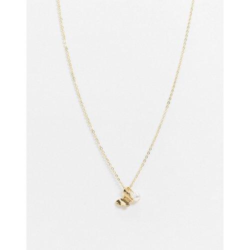 Collier avec pendentif papillon et perle - DesignB London - Modalova