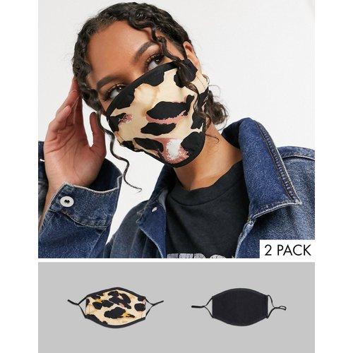 - Lot de 2 masques en tissu avec sangles ajustables - Noir et imprimé léopard abstrait - DesignB London - Modalova