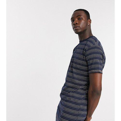 Tall - T-shirt à rayures avec poche poitrine - Duke - Modalova