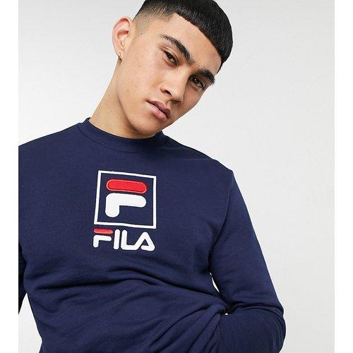 Exclusivité ASOS - - Sweat-shirt avec grand logo encadré - Bleu - Fila - Modalova