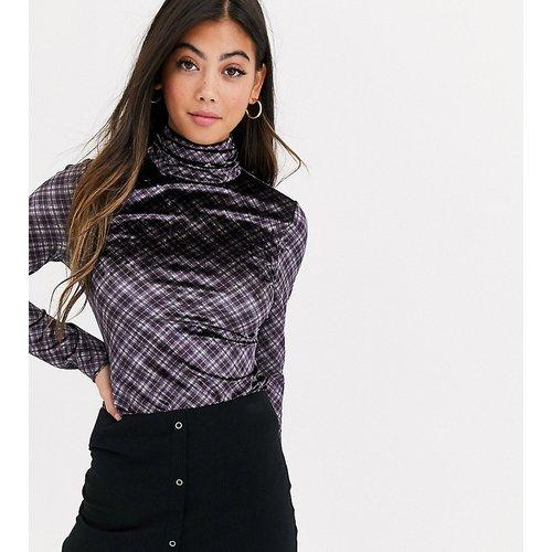 Top col montant à manches longues en velours à carreaux - Fashion Union Petite - Modalova
