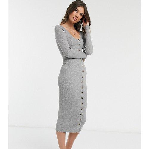 Robe mi-longue en maille boutonnée sur le devant - Fashion Union Tall - Modalova