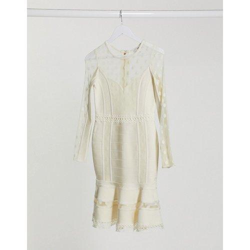 Robe courte avec manches en dentelle transparente - Forever Unique - Modalova