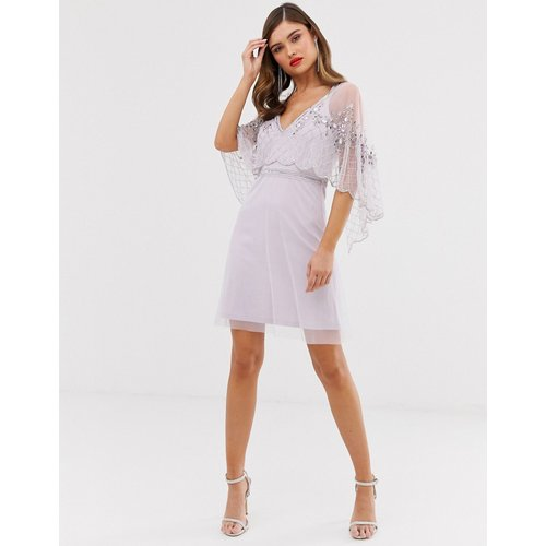 Frock & Frill - Robe patineuse courte à manches effet cape avec ornements - Frock And Frill - Modalova