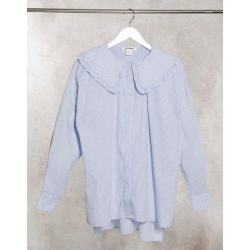 Chemise décontractée à rayures fines avec col claudine volanté - Glamorous - Modalova