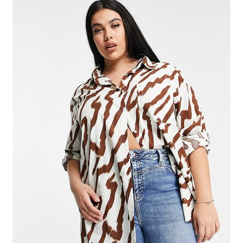 Chemise oversize à imprimé tigre ton sur ton - Glamorous Curve - Modalova