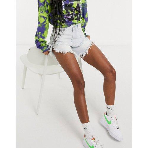 - Short en jean à effet vieilli et délavage clair - Glamorous - Modalova