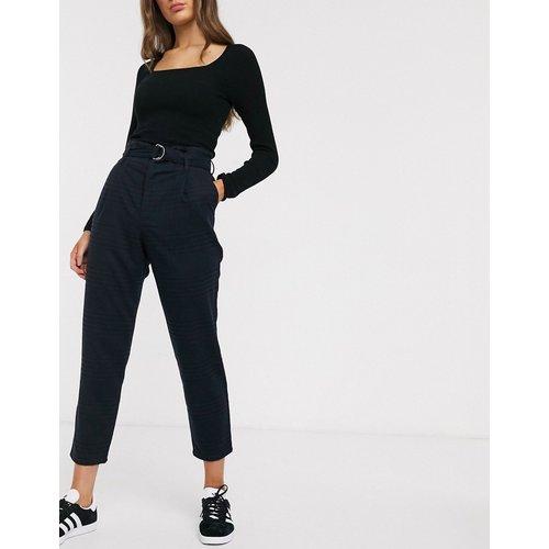 Pantalon mom avec plis et ceinture - Hollister - Modalova