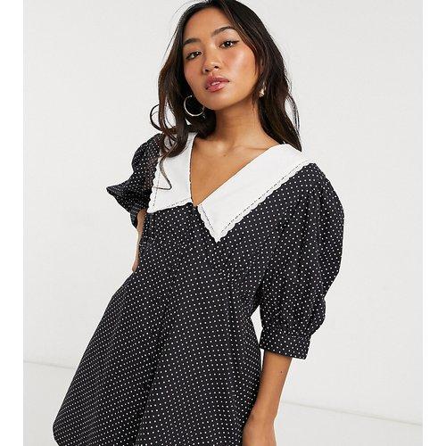 Robe courte en popeline de coton avec col et à motif pois - Influence Petite - Modalova
