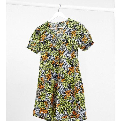 Robe à imprimé petites fleurs - Influence Tall - Modalova