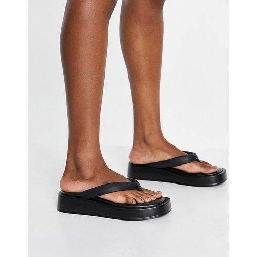 Sandales style tongs à semelle plateforme en cuir - Kaltur - Modalova