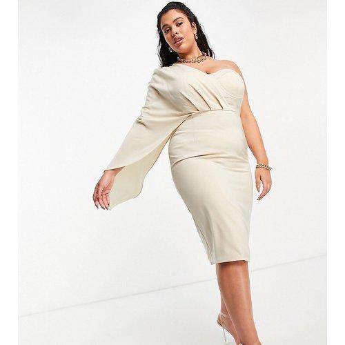 Exclusivité - Robe fourreau drapée coupe mi-longue façon corset et effet cape - Champagne - Lavish Alice Plus - Modalova