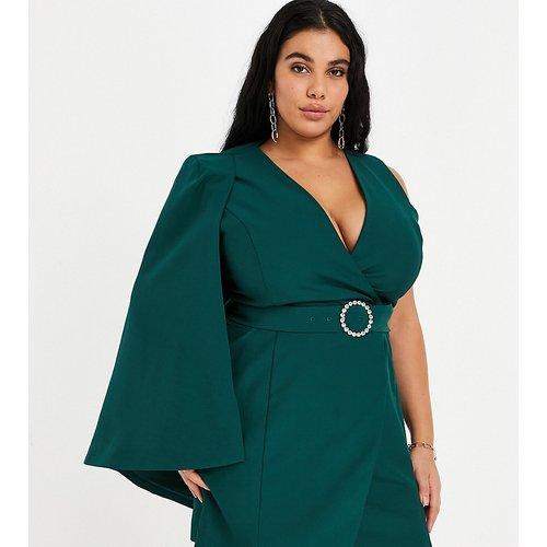 Robe courte avec cape asymétrique et ceinture ornée de strass - forêt - Lavish Alice Plus - Modalova