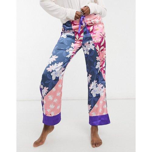 Vêtements de nuit - Pantalon de pyjama à imprimé floral effet patchwork - Liquorish - Modalova