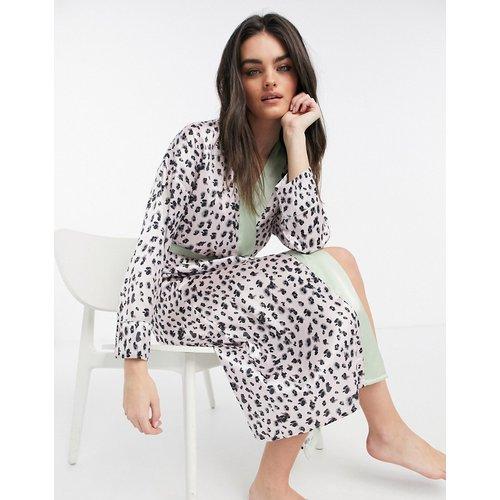 Vêtements de nuit - Robe de chambre longue à imprimé léopard avec bordure de couleur sauge - Monochrome - Liquorish - Modalova