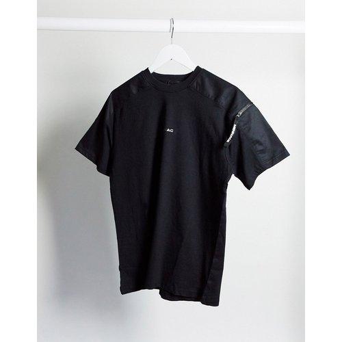 T-shirt d'ensemble avec poche à détail MA1 - Mennace - Modalova