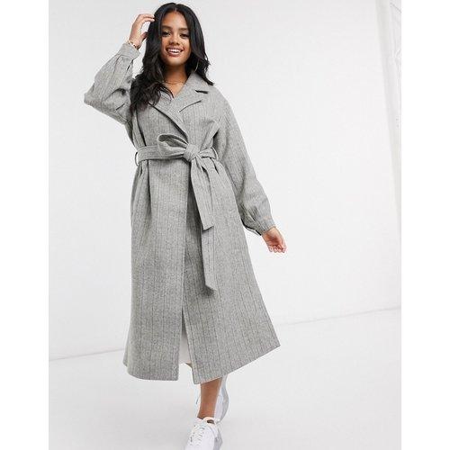 Manteau à manches ballon et fines rayures - Missguided - Modalova
