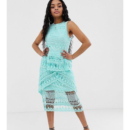 Exclusivité - Robe mi-longue en dentelle au crochet - Missguided Petite - Modalova