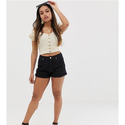 Riot - Short en jean taille haute - Missguided Petite - Modalova